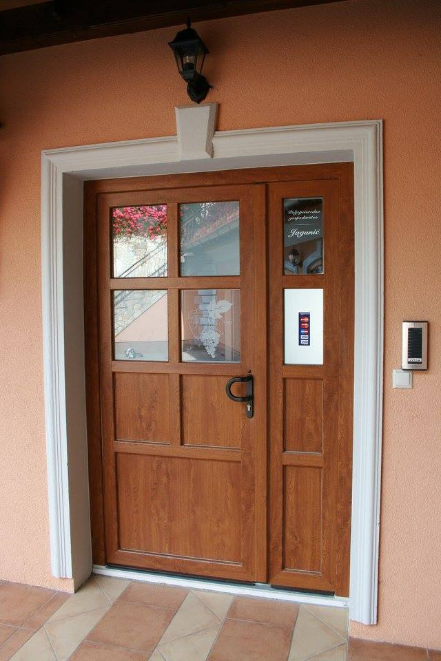 Ulazna vrata 5