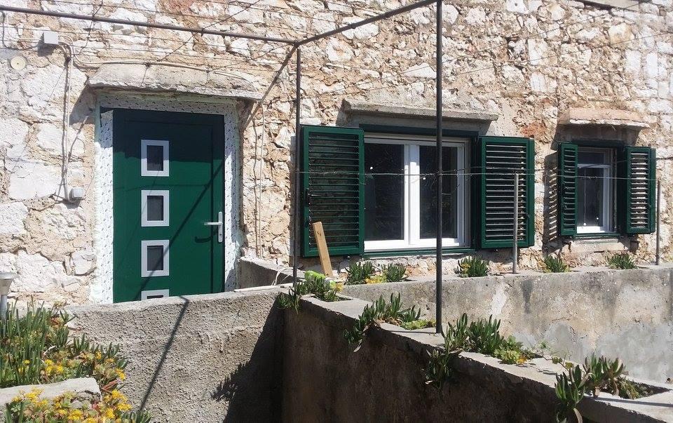 Aluminijska zelena fasadna 5